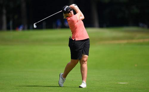 Buhai bursts clear at AIG British Women's Open